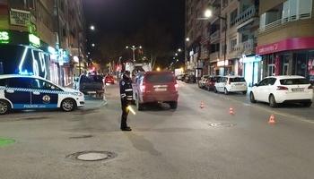 Control policial del que trató de escapar el conductor.
