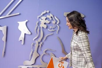 Arrimadas intentará atraer a Sánchez a un pacto PSOE-PP-Cs