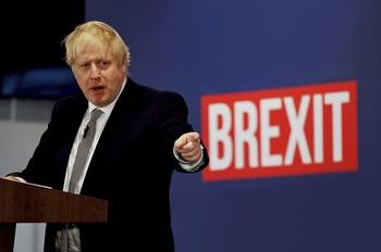 El primer ministro británico convocó este adelanto electoral y será el gran beneficiado, según todos los sondeos.