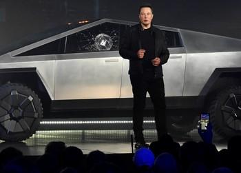 Wall Street recela del nuevo 'pickup' de Tesla