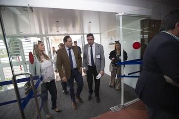 Núñez pide al PSOE romper con independentistas en municipios