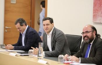 El portavoz del PP, Raúl de la Hoz, durante la reunión de la Junta de Portavoces de las Cortes.