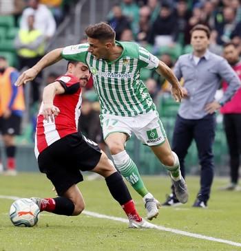 Joaquín lanza al Betis y frena al Athletic