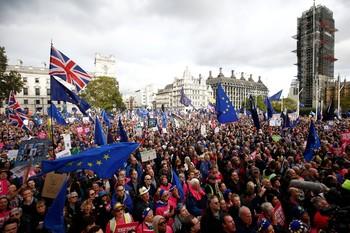 Europa recibe la solicitud de Londres para aplazar el Brexit