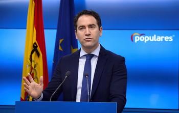 Egea pide la dimisión de Sánchez e Iglesias por su m gestión
