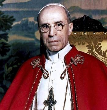 Los 16 millones de páginas podrían aclarar el silencio del Papa con el nazismo.