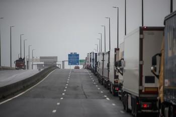 Londres y Bruselas podrán imponerse aranceles como sanciones