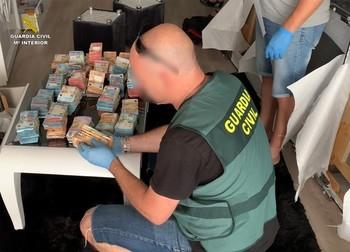 Cae una red de tráfico de drogas entre la península y Canarias