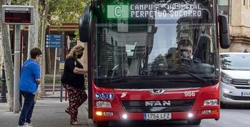 Vuelven a pedir un servicio de autobús para las pedanías