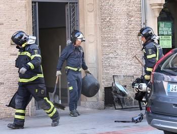 Ilesos tras la explosión de un calentador en la calle Colón