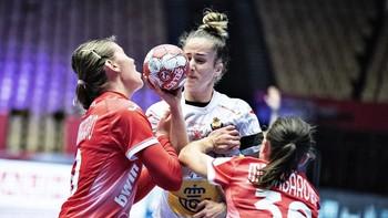 Las 'Guerreras' arrancan un agrio empate ante Suecia