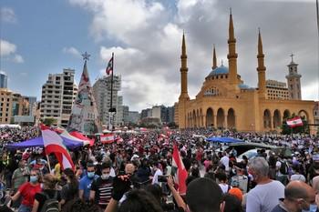 Más de un centenar de heridos en protestas en Beirut