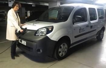 La Junta compra su primer vehículo 100% eléctrico