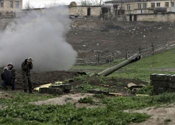 Azerbaiyán y Armenia reanudan sus enfrentamientos