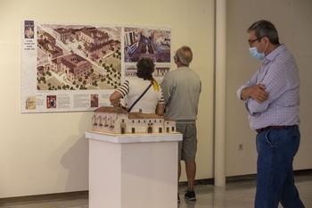 Cultura ofrece visitas guiadas a la muestra del Altozano