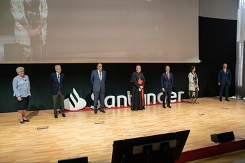 El Santander dona 1,6 millones a más de 90 proyectos
