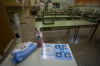 UGT denuncia la falta de test en los centros educativos