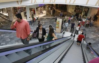 CCOO pide que no se abran los comercios en Semana Santa