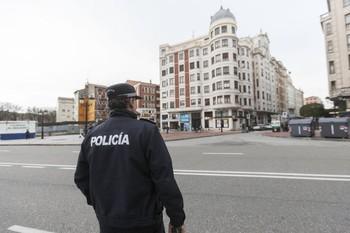 La Policía detuvo al sospechoso en las inmediaciones de plaza Vega.