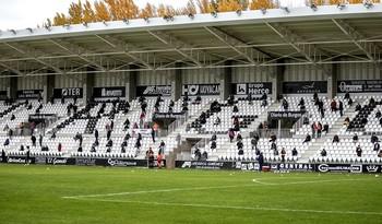 Un millar de personas presenciaron el sábado la primera victoria del Burgos ante el Sporting B.