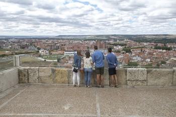 El Ayuntamiento define una estrategia turística de consenso