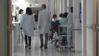 La mitad de las camas UCI están ocupadas por pacientes covid
