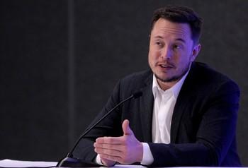 Elon Musk elige un original e impronunciable nombre para su bebé