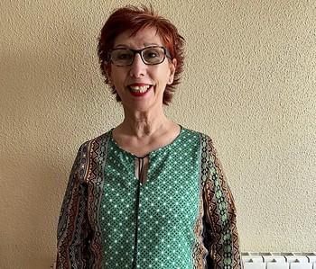Julia Flores, finalista del certamen de relatos de la Caixa