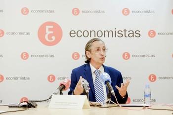 El decano-presidente del Colegio de Economistas de Valladolid, Juan Carlos de Margarida.