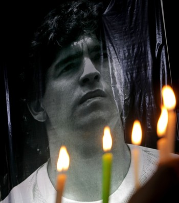 El abogado de Maradona pide investigar la actuación sanitaria