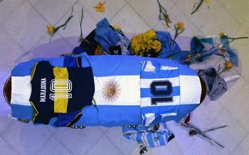 La patria argentina se despide del 'Pibe de Oro'