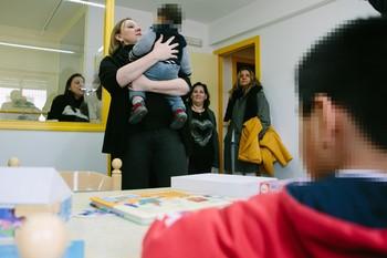 La consejera de Familia e Igualdad de Oportunidades, Isabel Blanco, visita la Residencia de Acogida Marillac.