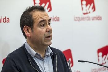 IU le pide a la Junta un pacto industrial regional