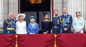 Isabel II da su bendición a la nueva vida de Meghan y Harry