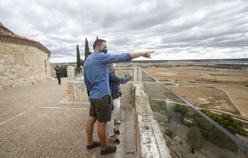 El PSOE pide mayor visión de futuro en materia turística