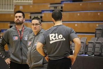 Epi dirige un entrenamiento en el Pazo dos Deportes de Lugo.