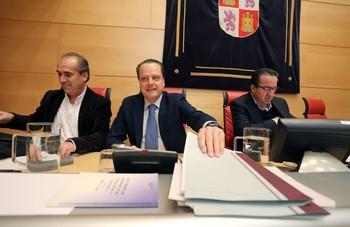 El presidente delConsejo de Cuentas, MarioAmilivia, ayer en las Cortes.