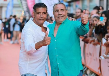Juan Salazar (d) junto a su hermano Jose