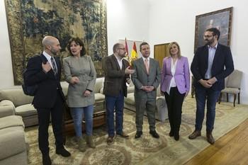 Blanca Fernández participó en la reunión de esta tarde entre PSOE y Ciudadanos en el Palacio de Fuensalida.