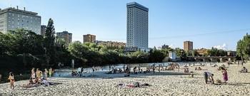 La playa de las Moreras.