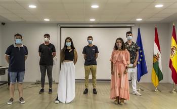 Villamediana homenajea a los jóvenes que limpiaron el Iregua.