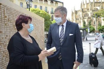 La alcaldesa, Clara Luquero, y el embajador de Alemania, Wolfgang Hermann Dold