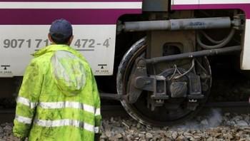 Cuatro heridos al descarrilar el tren Valladolid-Madrid