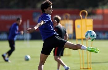 El delantero Joao Félix estará dos o tres semanas de baja
