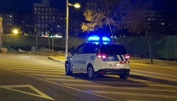 Patrulla nocturna de la Policía Local.
