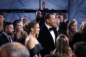 Jennifer López retrasa su boda por el coronavirus