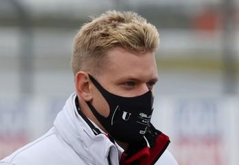 Mick Schumacher debutará el año que viene en la F1 con Haas