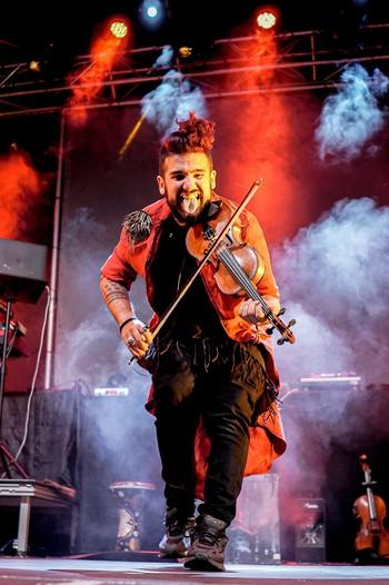 Strad, el violinista rebelde, actúa este sábado en Ávila