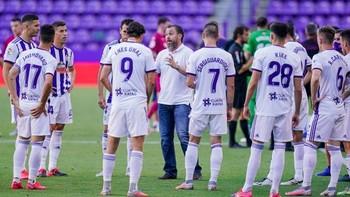 Sergio, dando instrucciones.