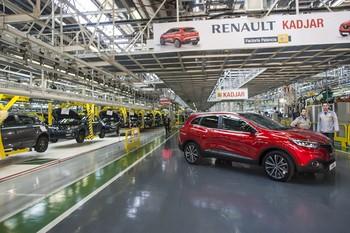 Recorte de medio turno en Renault y traslados a Valladolid